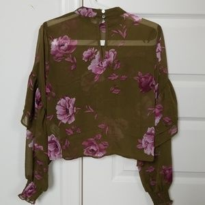 Forever 21 Tops - Floral chiffon blouse